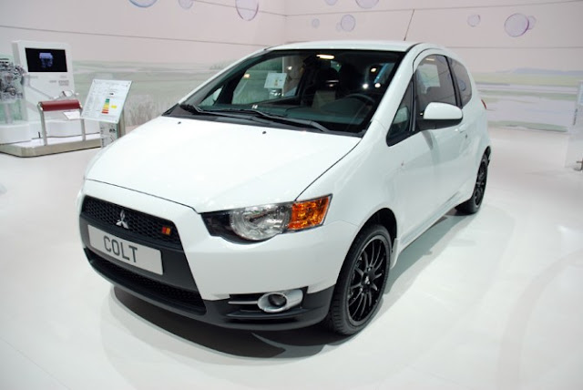 2011 Mitsubishi start selling a special version of Colt ClearTec front view
