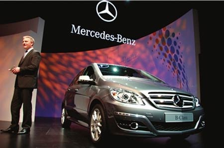 2011 The history of  Mercedes-Benz Company