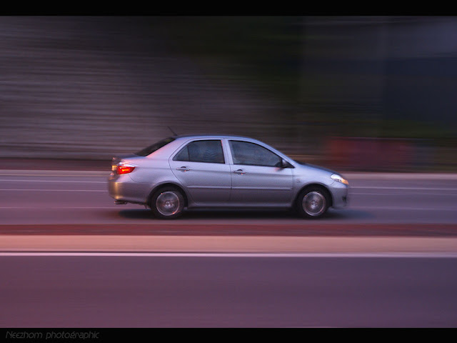 Panning a car picture