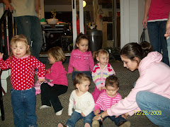Sadie, 5/6 nieces, and sister Jeana