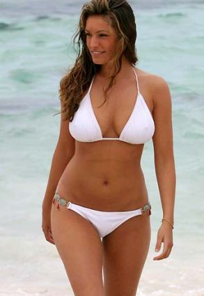 Kelly+Brook+2011Bikini+body.jpg