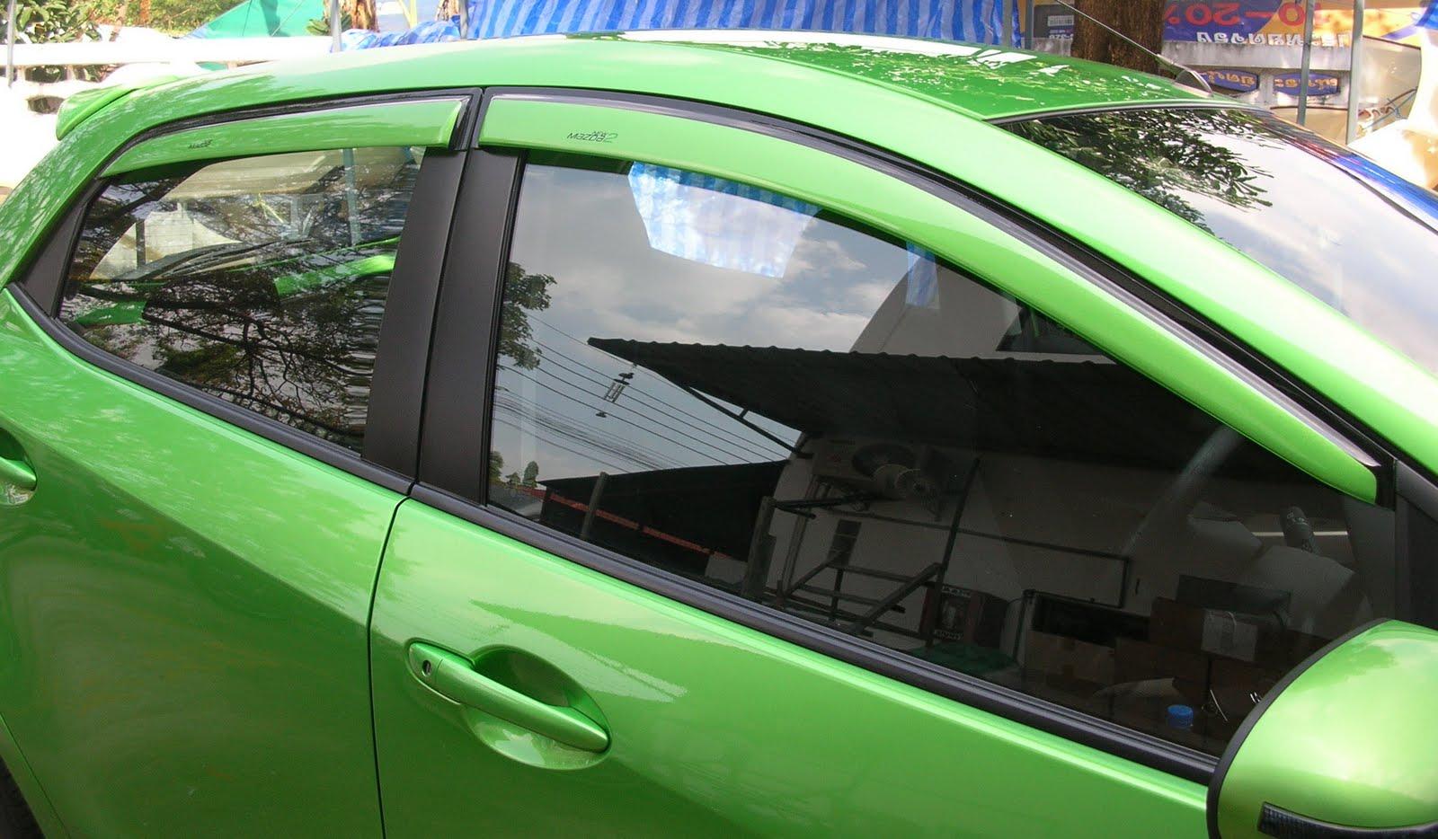 http://4.bp.blogspot.com/_3GbqhjUQtrE/TDLeHNoXv1I/AAAAAAAAAQ4/0wXFtWQkoCQ/s1600/Mazda2_WindowVisor%2BPaint.jpg