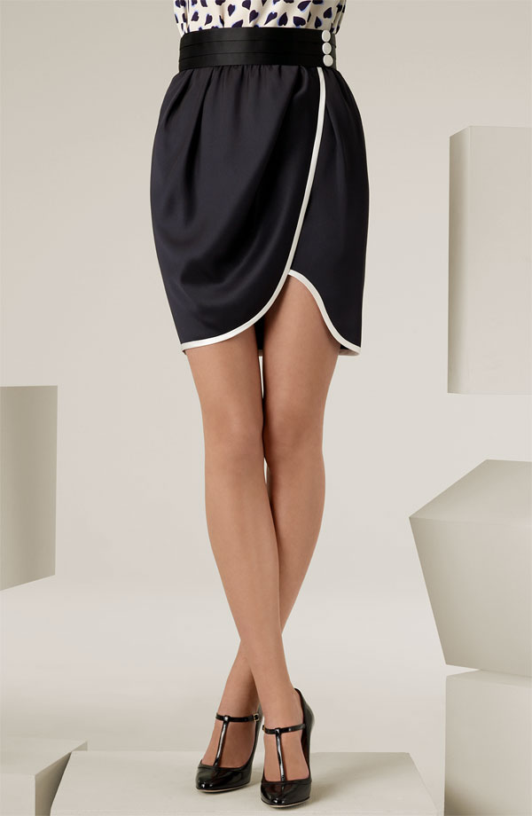 Trendy Girl Nyc Fashion Trend Tulip Skirt