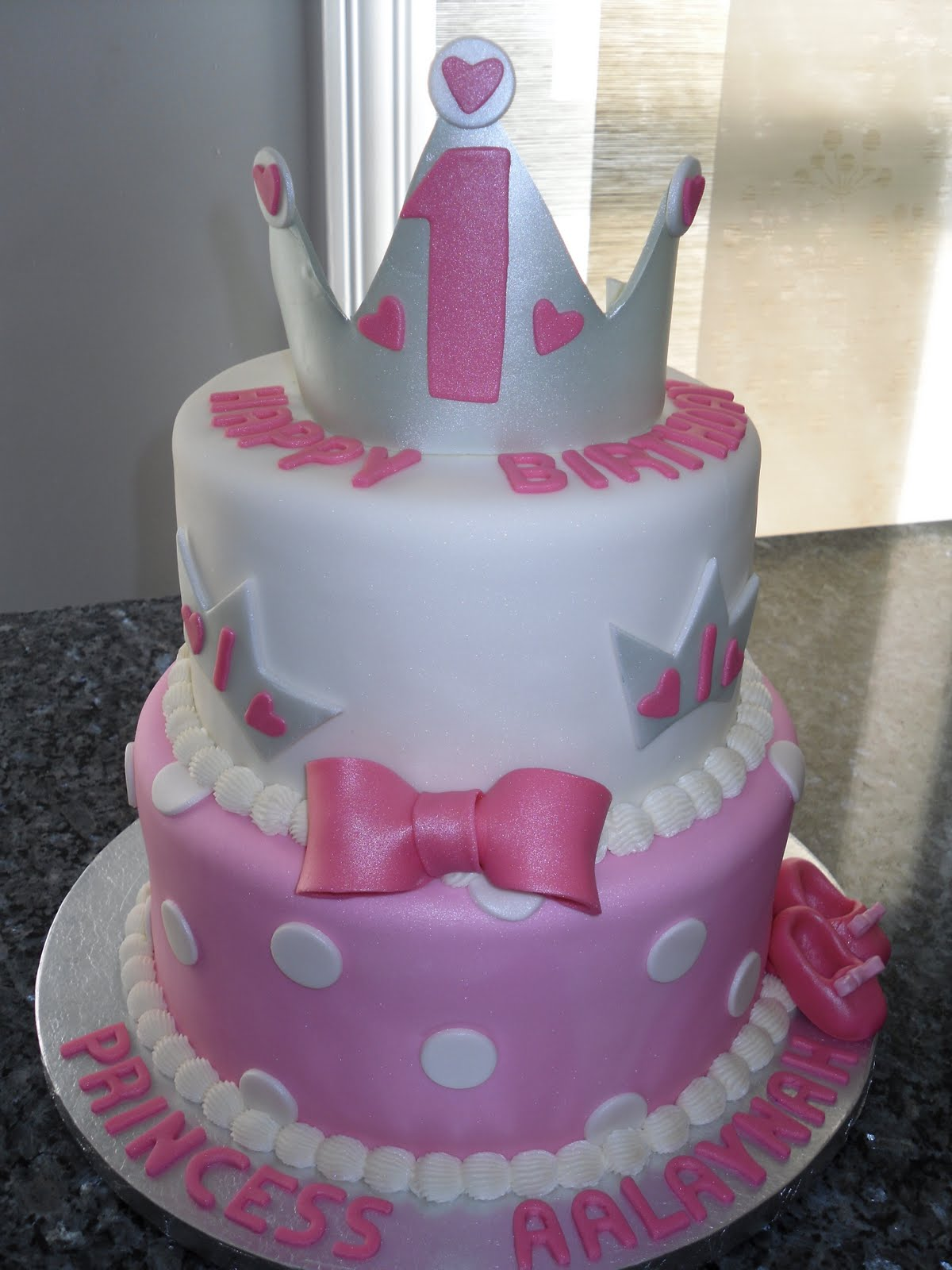 Carat Cakes: Two Very Special One Year Old Birthdays!