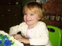 La policía de Galveston identifica, tentativamente, a Baby Grace como la niña de dos años, Riley Sawyers de Spring, Texas.