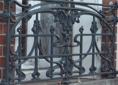 Design Art Nouveau Style Nouille