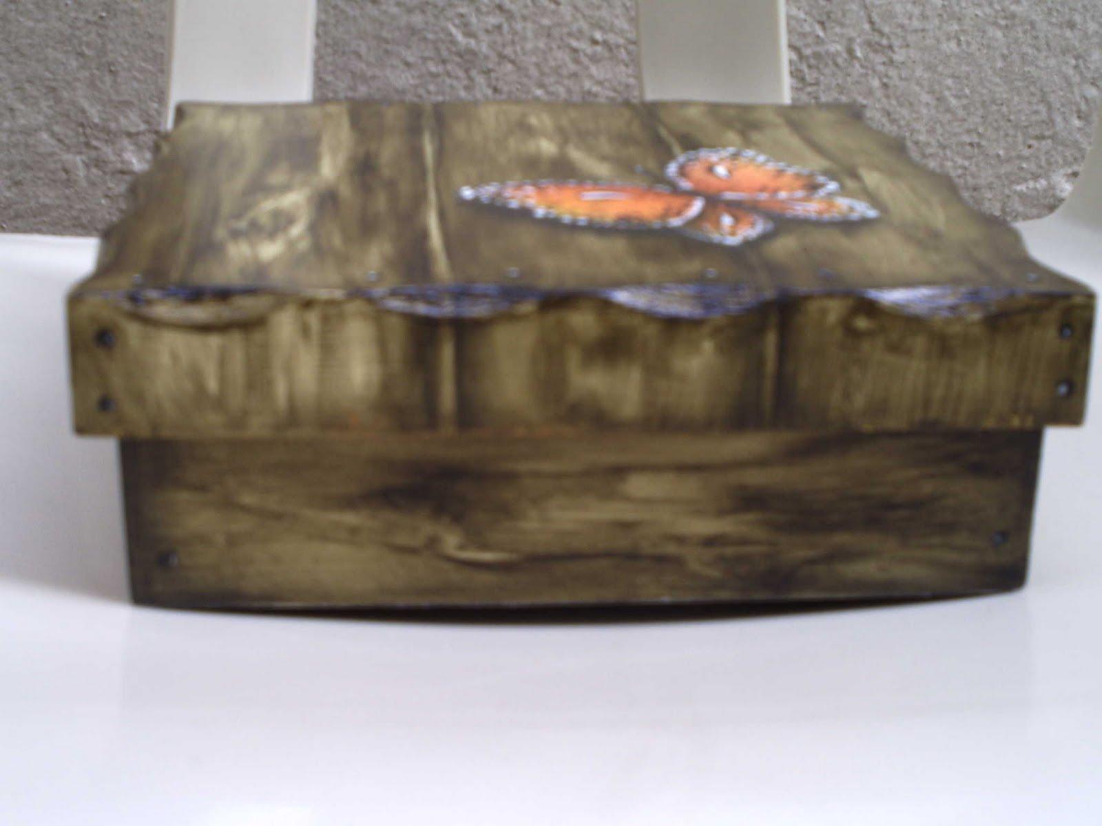 de pregos e outros !: Caixa em mdf com pintura imitação de madeira #8F593C 1600x1200