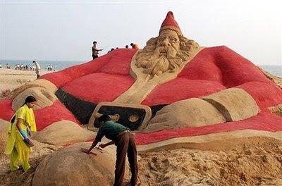 Large Sand Santa