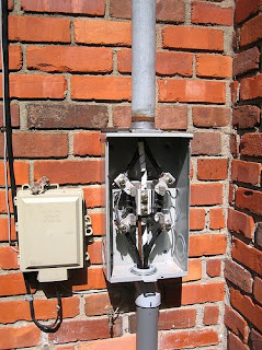gen3 electric 215 352 5963 2009 here in the inside of a standard residential meter socket the electric from the power company come in through the top and attach to three lugs