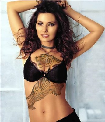 I like Saxe Girls http://tattoosoftware.blogspot.com/2010/08/hottest-tattoo-designs-for-girls-and.html