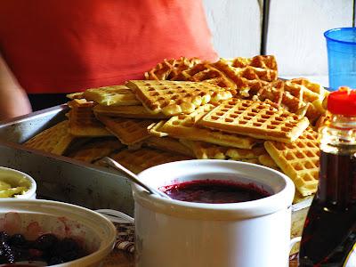 Waffles+7-24-09+%2836%29+%28E%29.jpg
