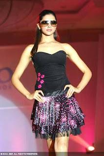 01Deepika Padukone sexy bollywood actress pictures 200509