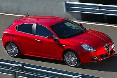 Red Alfa Romeo Giulietta