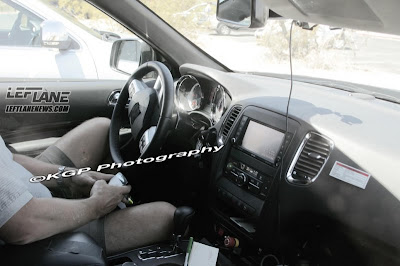 Dodge Durango 2012 showed its interior