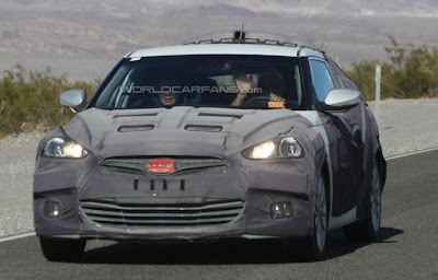 There are new spy photos of 2012 Hyundai Veloster