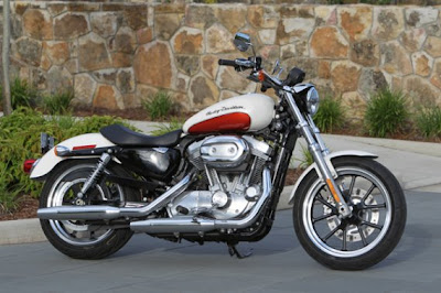 Harley-Davidson Sportster 883 SuperLow: Welcome Harley!
