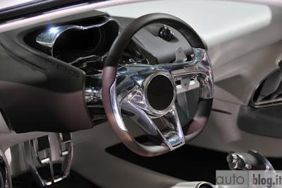 Concept Jaguar C-X75: First Live photos + video
