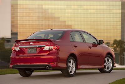 http://4.bp.blogspot.com/_3Nq7CKYaRdQ/TOOUWQINLwI/AAAAAAAAZYk/2zP3eC60VKA/s1600/2011-2012-Toyota-Corolla-7.jpg