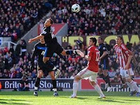 Stoke City vs Manchester United : 1-2