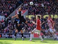 Stoke City vs Manchester United : 1-2