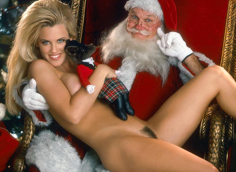 image Santa claus gets present