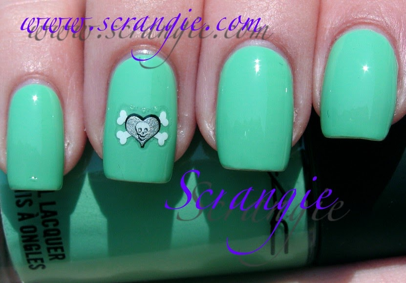Scrangie: MAC Sugarsweet Polishes: Seasonal Peach and Peppermint Patti
