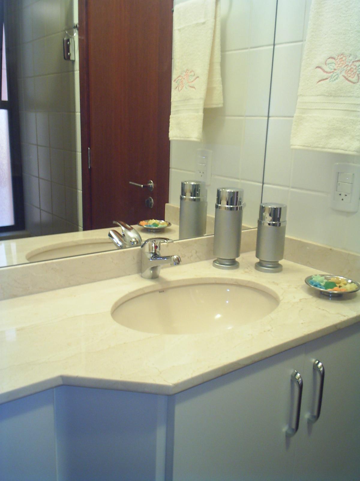 Um toque a mais: Projeto Banheiros Residenciais #644033 1200 1600