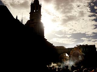 La Catedral Arequipeña .... y el Señor de los Milagros, Una Devocion Limeña!