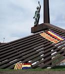 Pl. de la Repùblica, Nou Barris (Estàtua 9B 1990 - Plaça de la República 14 d'abril de 2016)