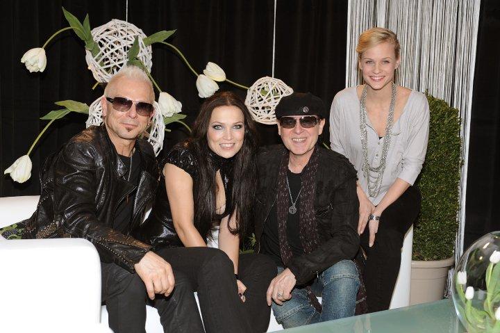 Tarja y amigos músicos - Página 3 23580_380680839865_46317374865_3625840_2343110_n