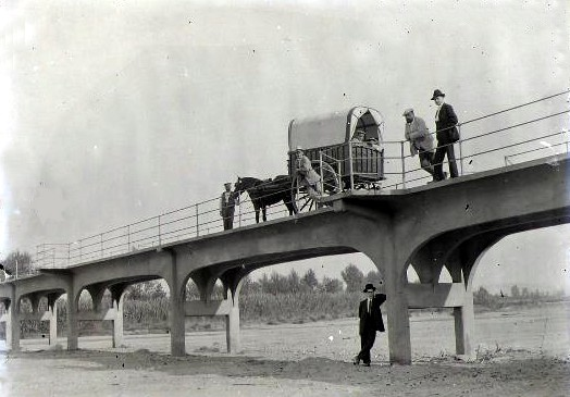 Pont i tartana (Riu Besòs)