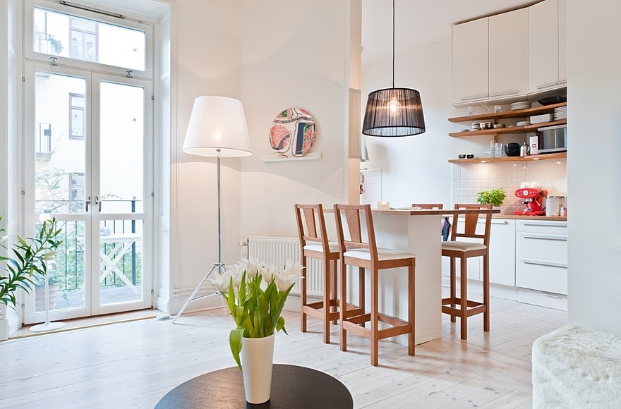 tolle altbauwohnung mit viel wei connys diary. Black Bedroom Furniture Sets. Home Design Ideas