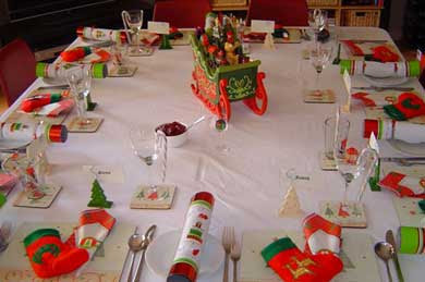 christmas dinner table decoration