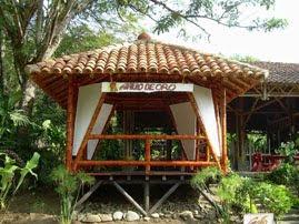 Guadua y madera dise o y construcci n for Fotos de kioscos de madera