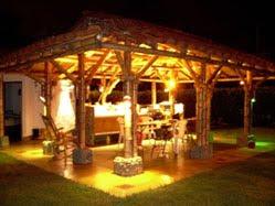 Guadua y madera dise o y construcci n proyectos for Disenos de kioscos de madera