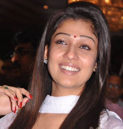 sexy indian actres nayanthara profile latest photos news