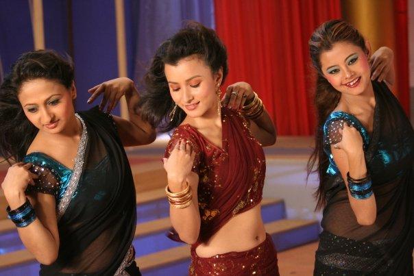 http://4.bp.blogspot.com/_3ZRg7iFZOIg/S_-dj8h7dCI/AAAAAAAACew/2G84L4wpmyw/s1600/namrata-shrestha-dancing.jpg