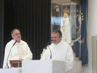 Padres celebram em Fátima - Portugal: