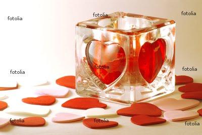 http://4.bp.blogspot.com/_3_2FCxXqZPQ/TFBT1ApJLsI/AAAAAAAAPUk/oWZF_Z-EnX8/s1600/candle-card-for-valentines-day.jpg