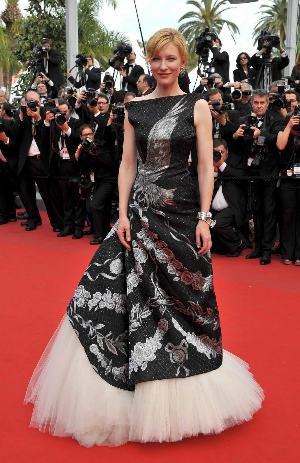 http://4.bp.blogspot.com/_3aCqbXT3pBc/TLk1fNEYnwI/AAAAAAAAAC8/er5YH6yY3J0/s1600/Cate+Blanchett7.jpg