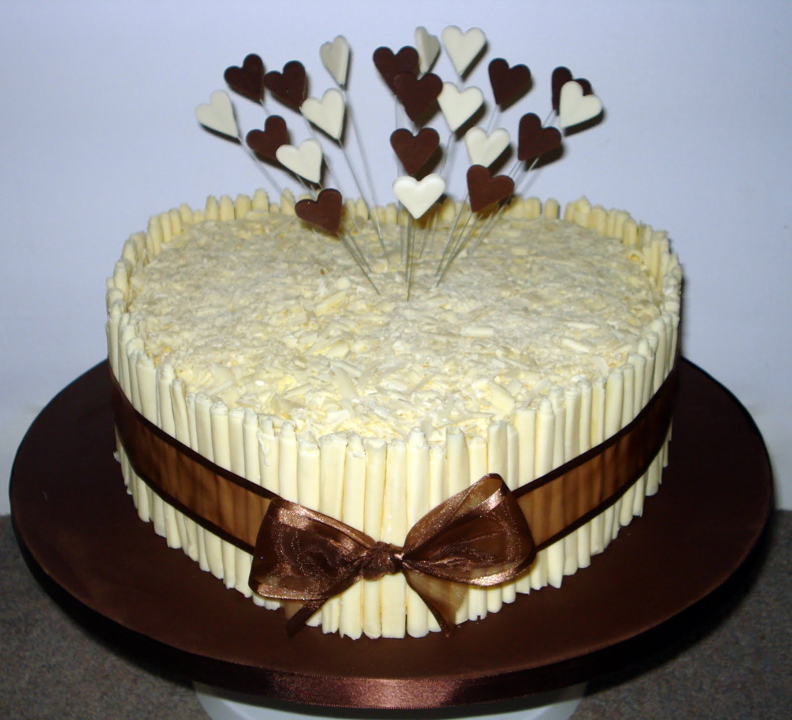 Custom Cake Design: Chocolate heart cake
