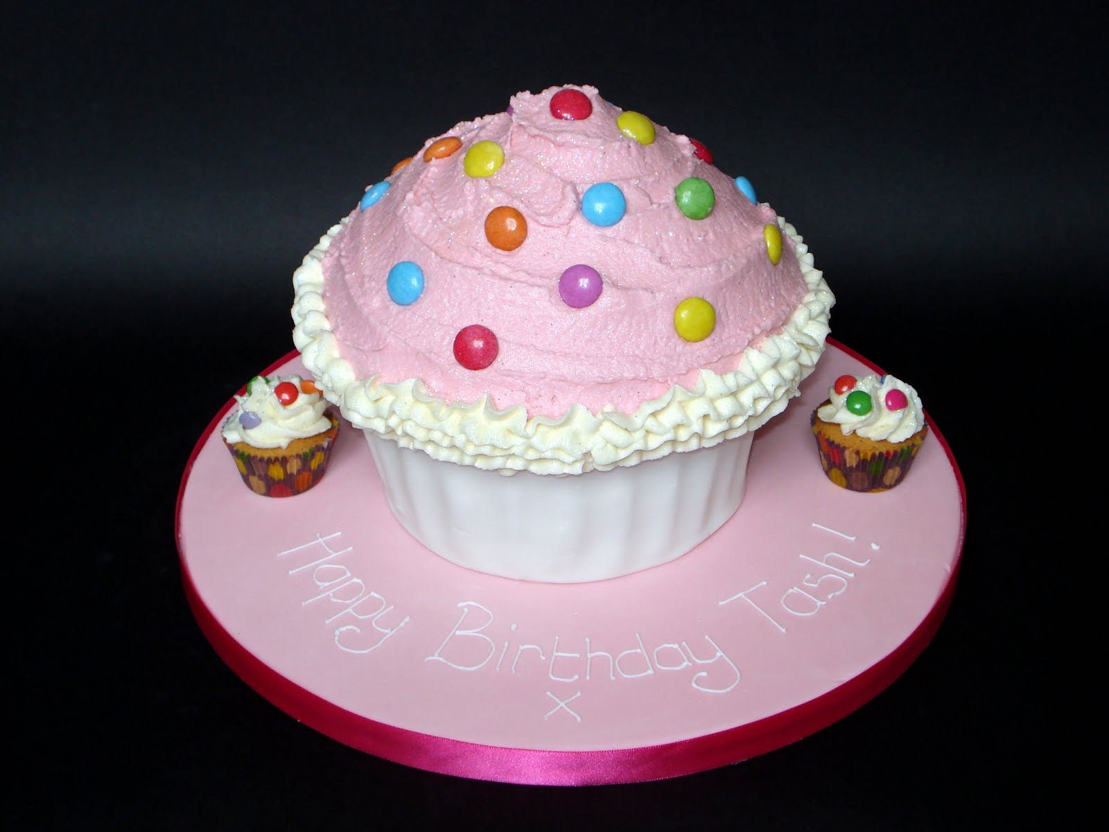 Custom Cake Design: Pink and White Giant Cupcake