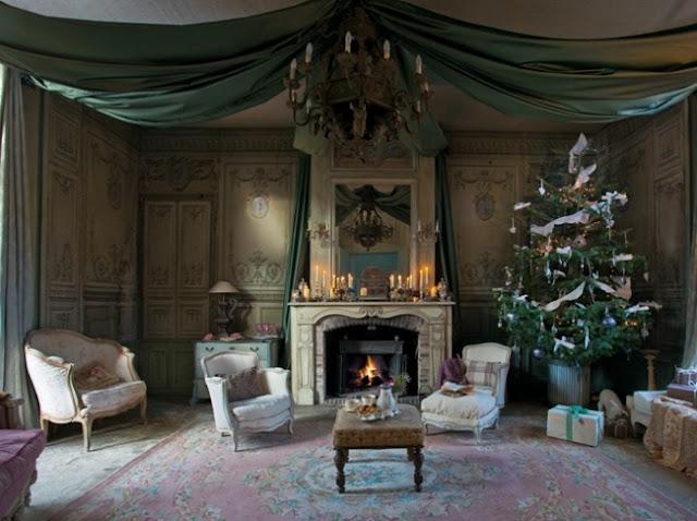 french sampler christmas decor. Black Bedroom Furniture Sets. Home Design Ideas