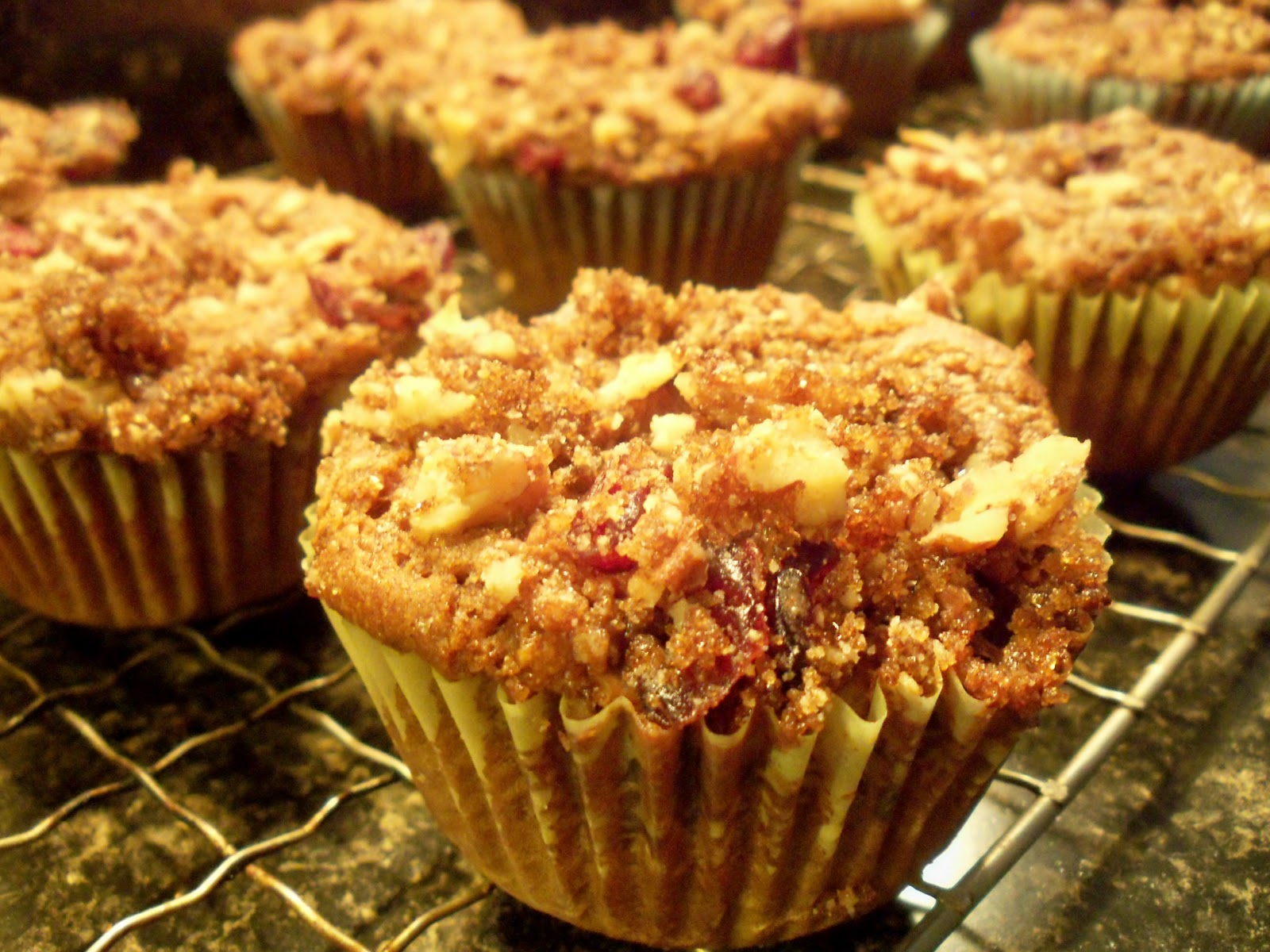 ... traveling vegan chef: GF Pumpkin Muffins with Cranberry Pecan Streusel