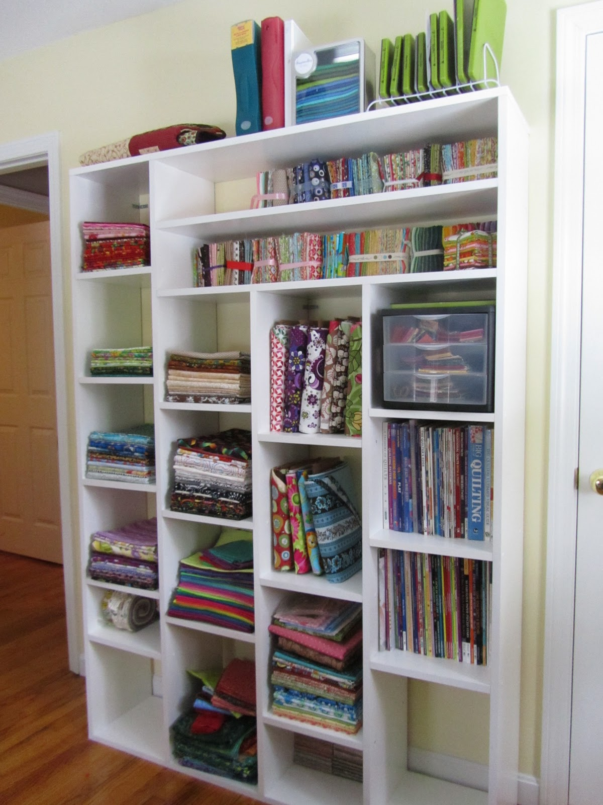 A quilting jewel my quilting room for Quilt room design ideas