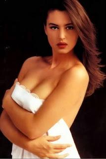 Monica Bellucci busby