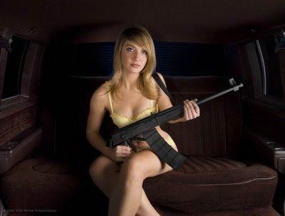 Italian girls and guns