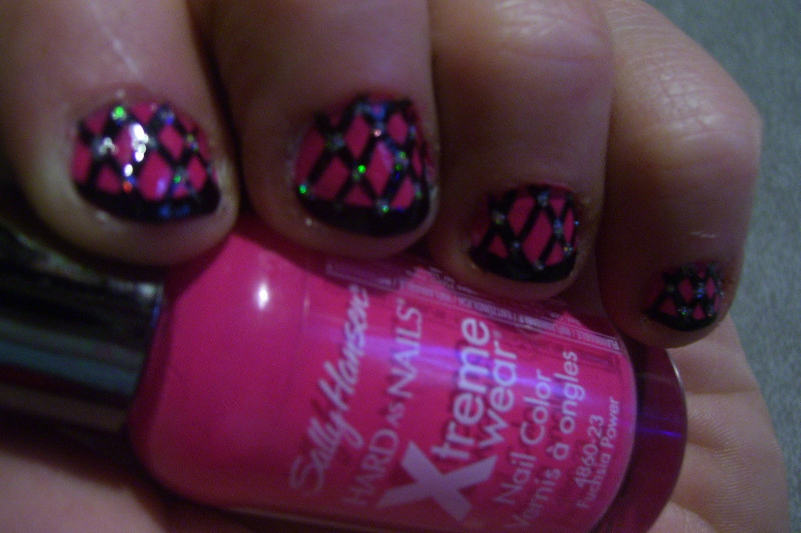 Nail Art Designs, Tutorials and Random Information: Short Pink Fishnet ...