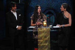 Olivia Ruiz reçoit son globe de cristal