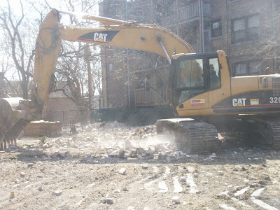 Rogers Park Asbestos at North Shore School demolition